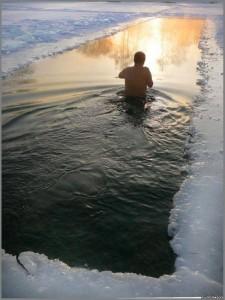 Ice swimming pool